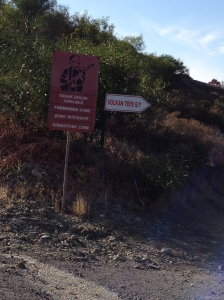 Military warning sign near Yeşilırmak near the UN Buffer Zone in Northern Cyprus (Image by Liz Cameron)